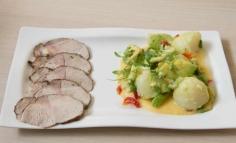 Carpaccio cu ghimbir, salata de cartofi noi cu creson