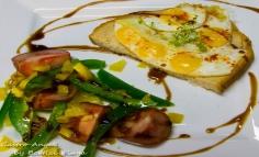 Sandviș cu ouă de prepeliță